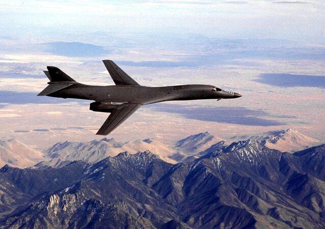 Americký bombardér B-1B Lancer