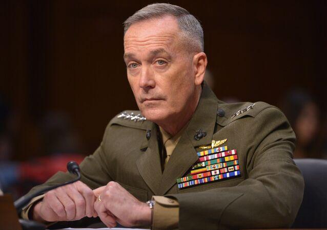 Náčelník Výborů náčelníků štábů OS USA generál Joseph F. Dunford