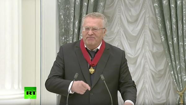 Žirinovskij zarecitoval v Kremlu hymnu Bože, ochraňuj Cara! - Sputnik Česká republika