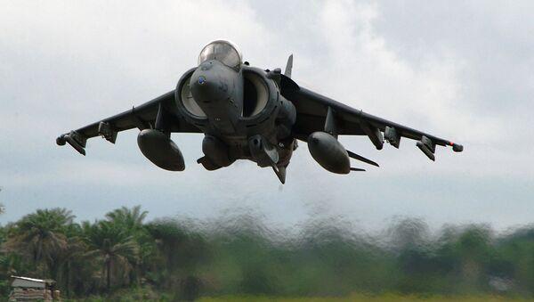 Americký bitevní letoun McDonnell Douglas AV-8B Harrier II - Sputnik Česká republika