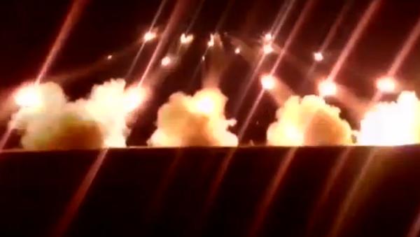 """Ministerstvo obrany publikovalo """"explozivní"""" video ke Dni pozemních vojsk - Sputnik Česká republika"""
