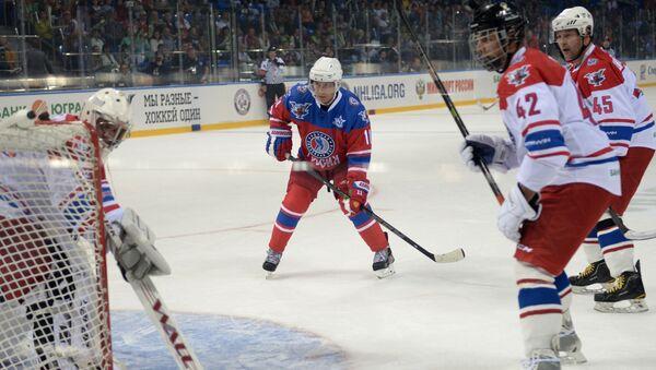 Putin hraje hokej - Sputnik Česká republika