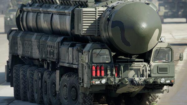 Mezikontinentální balistická raketa Topol-M - Sputnik Česká republika