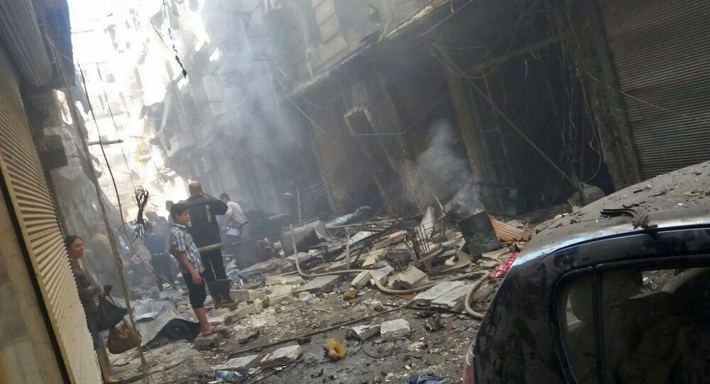 Následky ostřelování v Aleppu