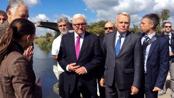 Frank-Walter Steinmeier na východní Ukrajině - Sputnik Česká republika