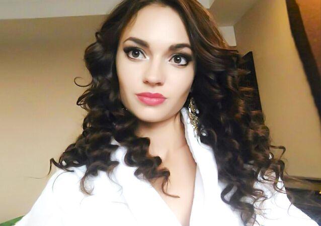 Vítězka mezinárodní soutěže krásy Face of Beauty International – 2016 Alena Rajevová