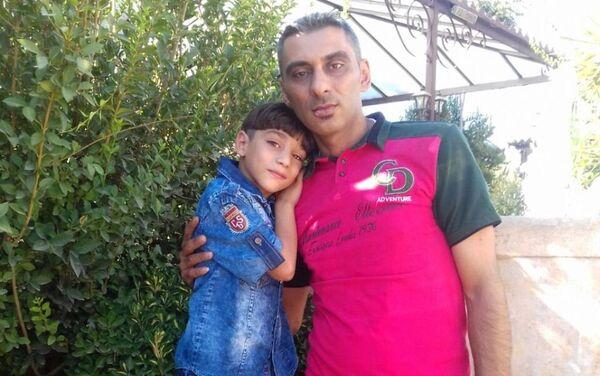 Ahd Al-Khaderiová a její otec Alaa - Sputnik Česká republika