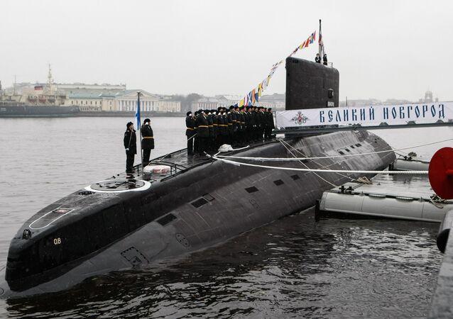 Předání ponorky Veliký Novgorod