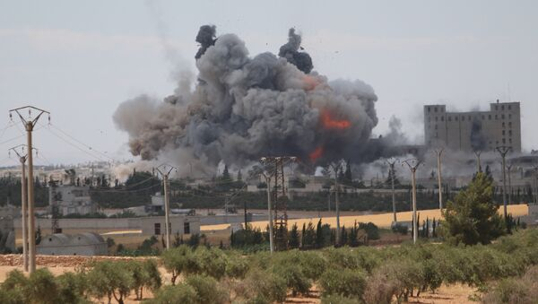 Útok vedené USA koalice v Aleppu - Sputnik Česká republika
