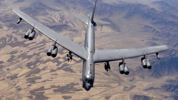 Americký bombardér B-52 - Sputnik Česká republika
