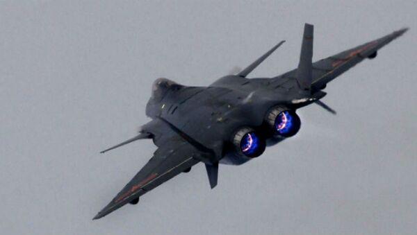 Čínská stíhačka páté generace J-20 - Sputnik Česká republika
