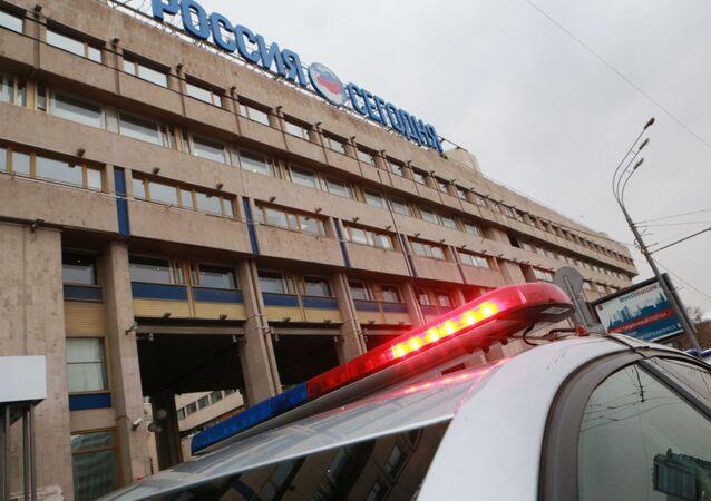 Policie u budovy MIA Rossia Segodnia