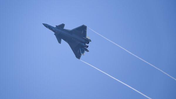Stíhací letoun J-20 - Sputnik Česká republika