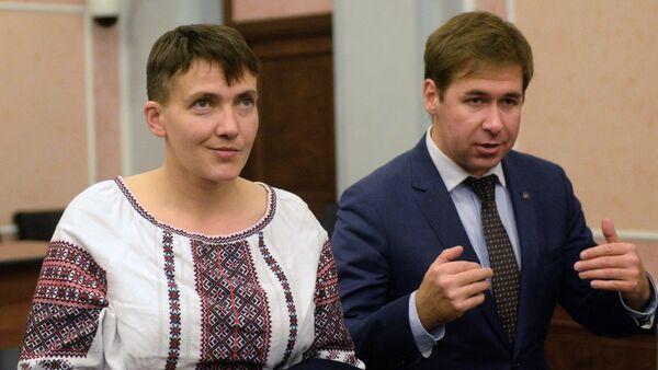 Savčenková a advokát Ilja Novikov během zasedání Nejvyššího soudu Ruska - Sputnik Česká republika