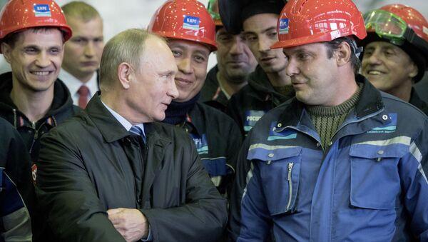 Putin během svého setkání se zaměstnanci společnosti Eterno - Sputnik Česká republika