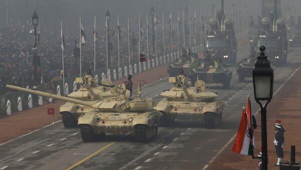 Tanky T-90 v Nové Dillí - Sputnik Česká republika