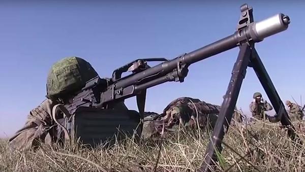 První etapa taktických rusko-srbsko-běloruských cvičení Slovanské bratrství 2016 - Sputnik Česká republika