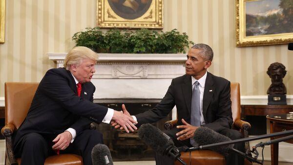 Trump na schůzce s Obamou v Bílem domě - Sputnik Česká republika