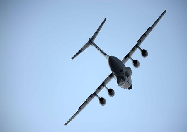 Letoun Il-76MD-90F