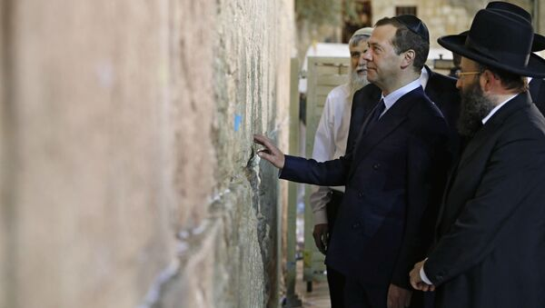 Předseda ruské vlády Dmitrij Medveděv v Izraeli - Sputnik Česká republika