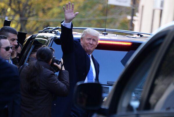 Kandidát na prezidenta USA za republikány Donald Trump v New Yorku v den prezidentských voleb - Sputnik Česká republika