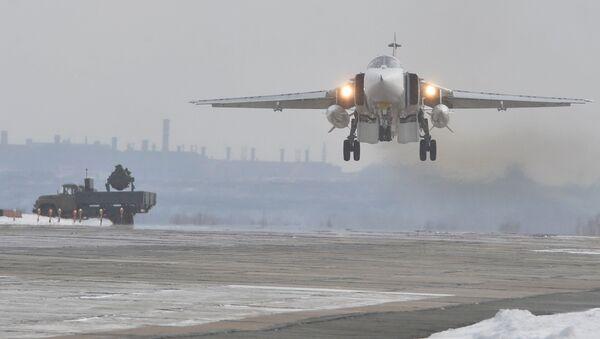 Ruský bombardér Su-24M - Sputnik Česká republika