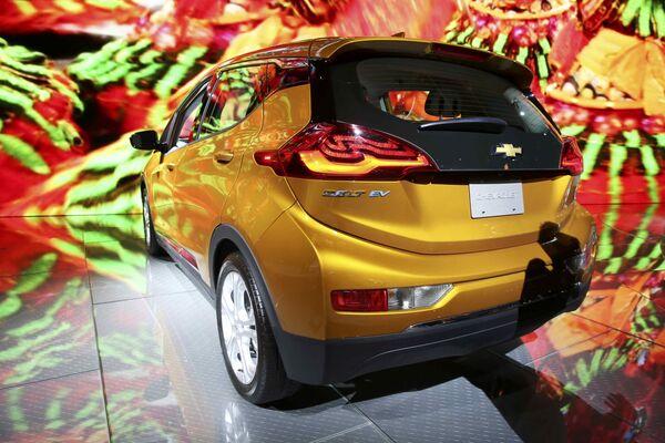 Chevrolet Bolt EV na mezinárodním autosalonu v Los Angeles - Sputnik Česká republika