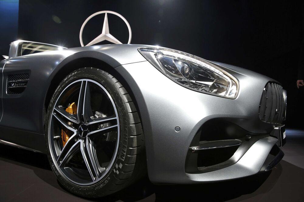 Mercedes AMG GT C Roadster na mezinárodním autosalonu v Los Angeles
