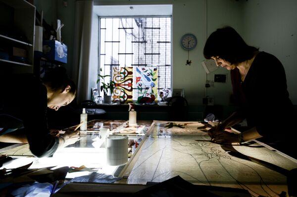 Výroba vitráží - Sputnik Česká republika