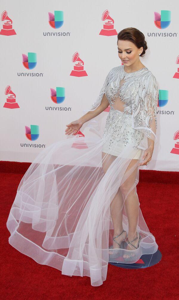 Zpěvačka  Angelique Boyer na každoročné ceremonii ceny  Latin Grammy Awards v Las Vegas - Sputnik Česká republika