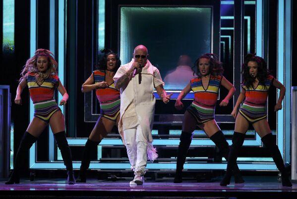 Vystoupení Wisin na každoročné ceremonii ceny  Latin Grammy Awards v Las Vegas - Sputnik Česká republika