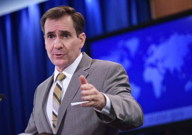 Oficiální mluvčí MZV USA John Kirby