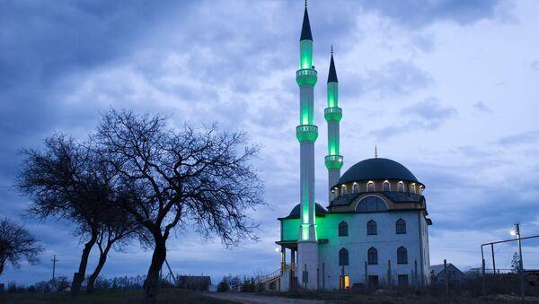 Мечеть в селе Левадки под Симферополем - Sputnik Česká republika