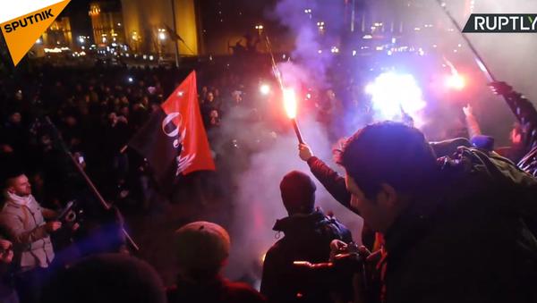 Nepokoje v centru Kyjeva v den výročí Majdanu - Sputnik Česká republika