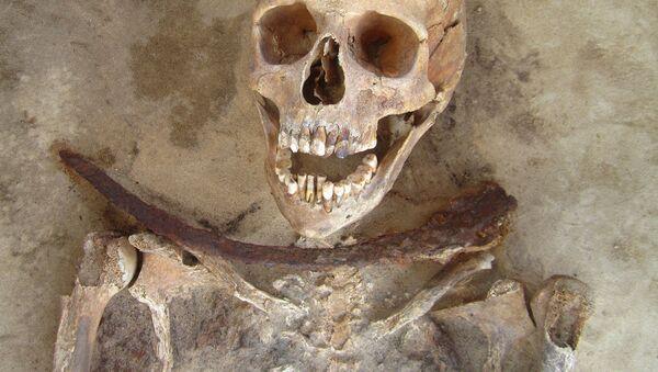 hrob s ostatky člověka - Sputnik Česká republika