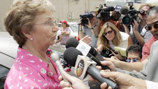 Сестра Фиделя Кастро Хуанита во время ответа на вопросы журналистов - Sputnik Česká republika