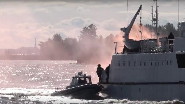 Ministerstvo obrany uveřejnilo video ke Dni námořní pěchoty - Sputnik Česká republika