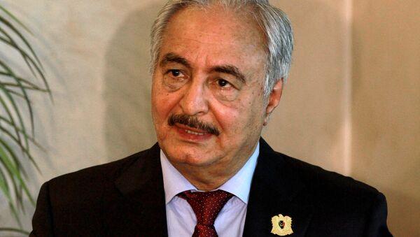 Vrchní velitel libyjské armády Chalífa Haftar - Sputnik Česká republika