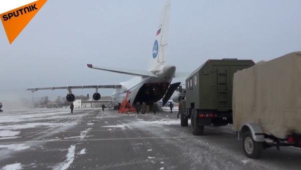 Rusko odesílá do Sýrie mobilní nemocnice pro poskytnutí pomoci obyvatelům Aleppo - Sputnik Česká republika