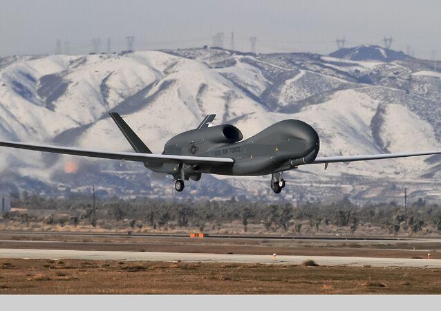 Bezpilotní letoun Global Hawk. Ilustrační foto