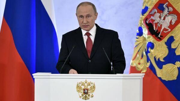 Президент России Владимир Путин во время ежегодного послания Федеральному Собранию в Кремле - Sputnik Česká republika