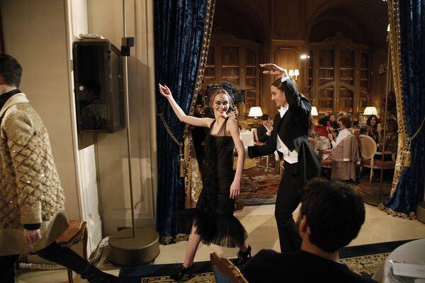 Módní přehlídka domu Chanel - Sputnik Česká republika