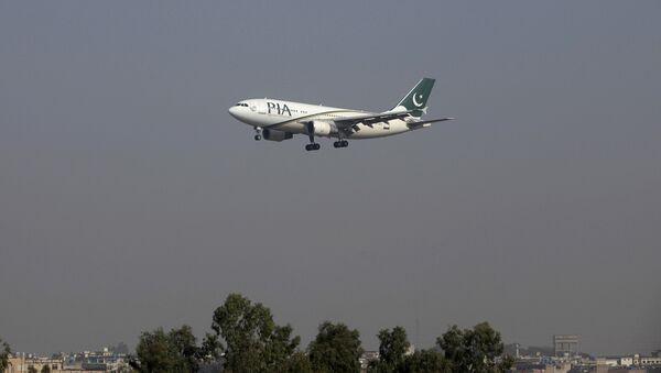 Letadlo společnosti Pakistan International Airlines (PIA) - Sputnik Česká republika