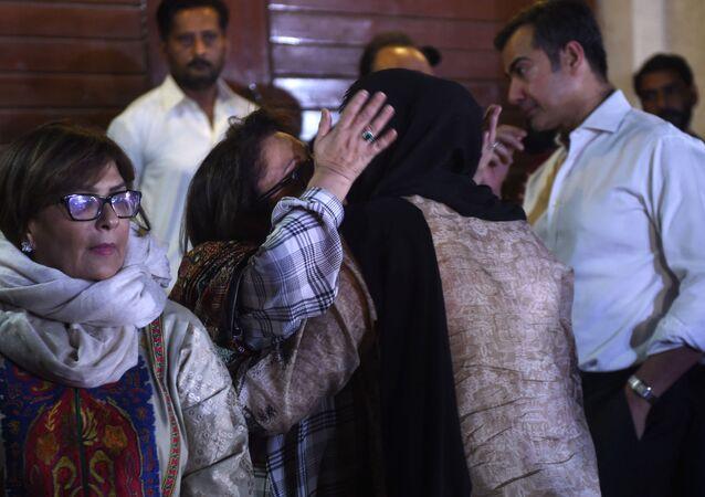 V Pákistánu objevili černou skříňku zříceného letadla