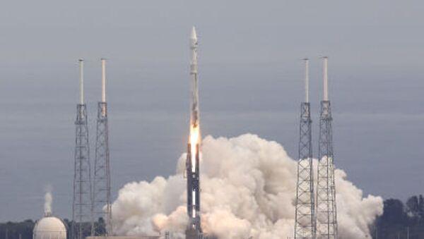 Start rakety Atlas 5 - Sputnik Česká republika