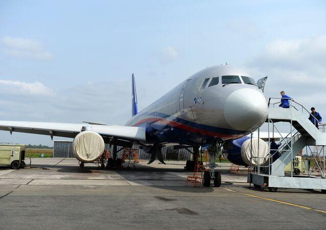 Tu-214OS - ruský letoun používaný pro lety Open Sky