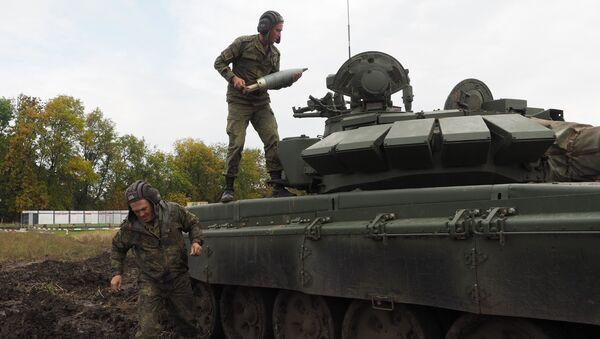 Ruští vojáci na výcvikovém prostoru - Sputnik Česká republika