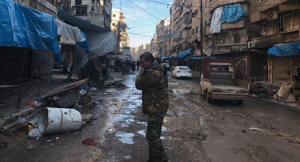 Voják v syrském Aleppu