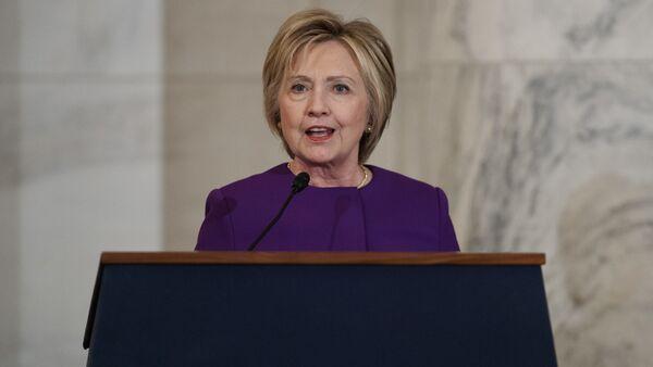 Bývalá kandidátka na prezidenta USA za Demokratickou stranu Hillary Clintonová - Sputnik Česká republika
