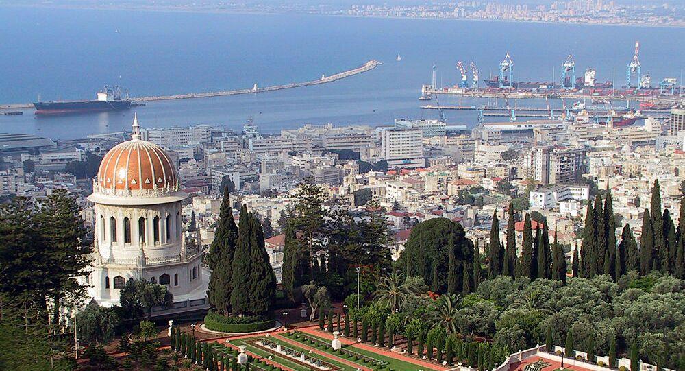Pohled na město Haifa v Izraeli